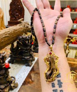 Vòng trầm hương loại 1 chìm nước kết hợp với mặt kỳ nam lên rồng vàng